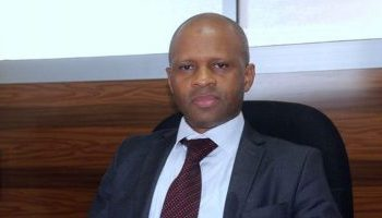 Yero Baldé, ministre de l'enseignement supérieur et de la recherche scientifique